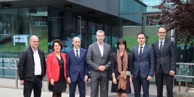 El diputado general de Gipuzkoa, Markel Olano, visita las instalaciones de Copreci en Aretxabaleta